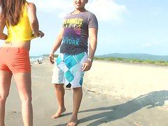 смотреть порно секс на пляже